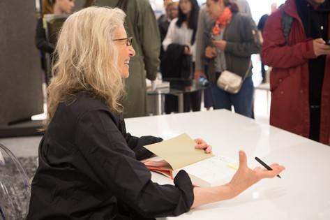 Annie lebovitz booksigning2019-chrissysw
