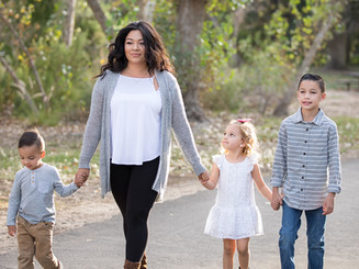 Gigi_Johns_Family_Portraits-733-Edit.jpg