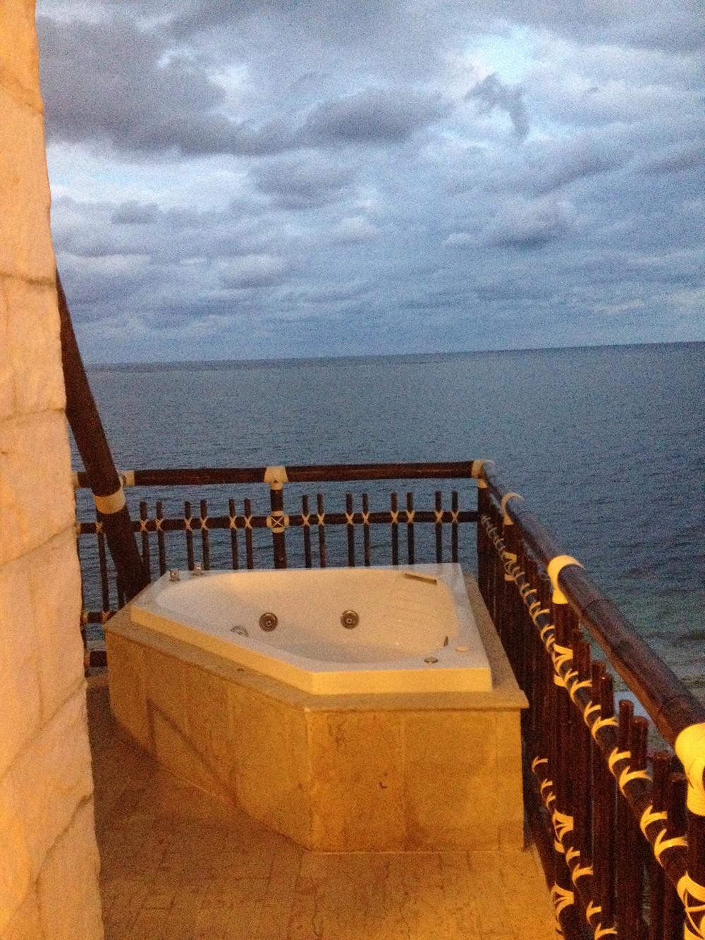 Ocean front Jacuzzi