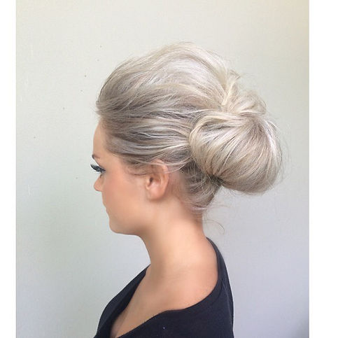 textured bun wedding hair