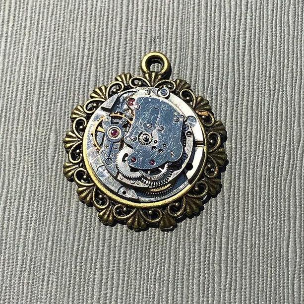 Steampunk pendant