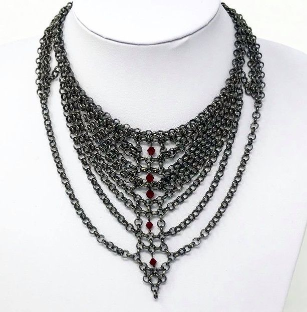 Gothic chains