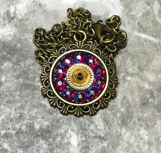 Vintage watch gear and Swarovski crystal steampunk pendant