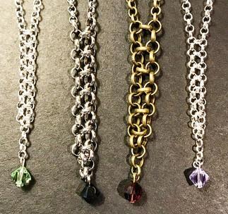 Sensory fidget necklaces