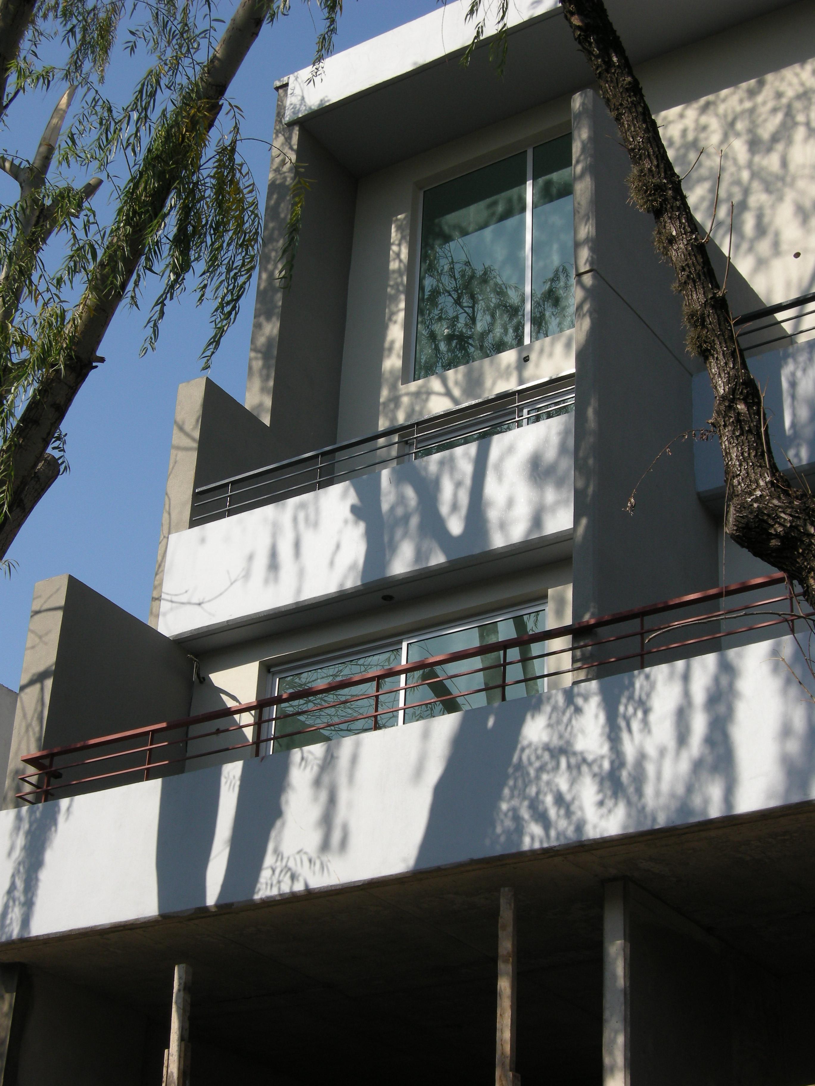2 detalla fachada