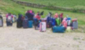 Les maletes preparades per un grup que fan colònies escolars.