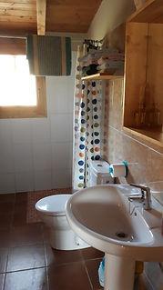 Lavabo apartament El Refugi de la Devesa