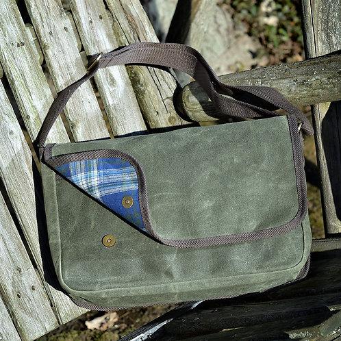Nomad Messenger Bag