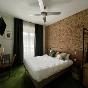 Urban Jungle Hotel Orleans- WOOD #-50