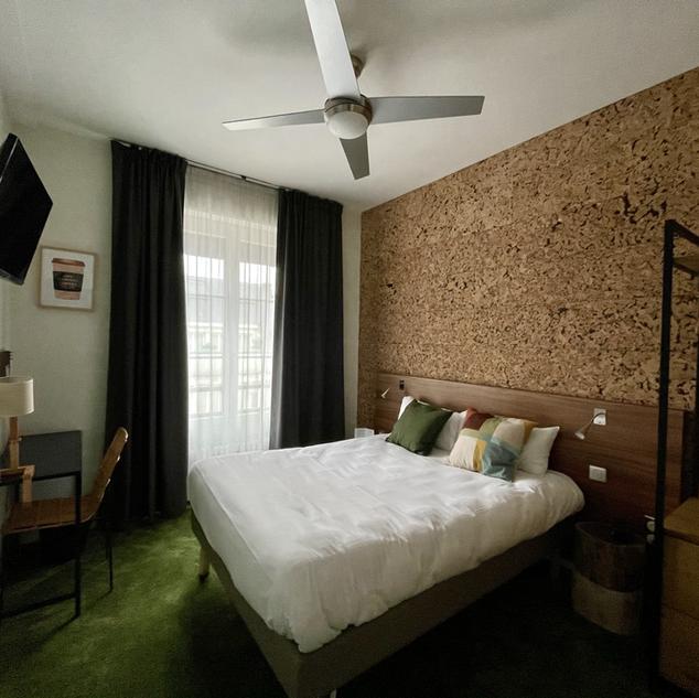 Urban Jungle Hotel Orleans- WOOD #-50