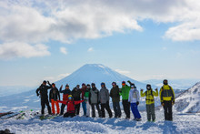 Group cat skiing Piste2Powder clinic