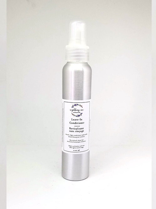 Natural leave-in conditioner in a refillable spray bottle