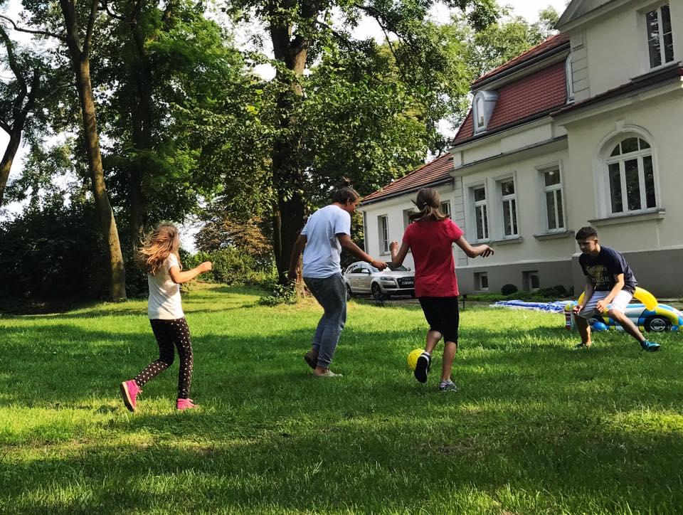 gry i zabawy zespołowe