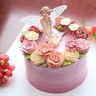 decorating-cake.jpg