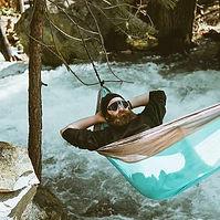 Extreme hammocking.jpg