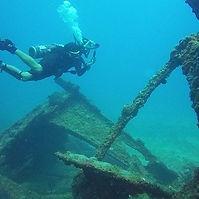 Shipwreck treasure finding.jpg