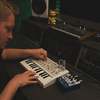 electronic-musical-instrument.jpg