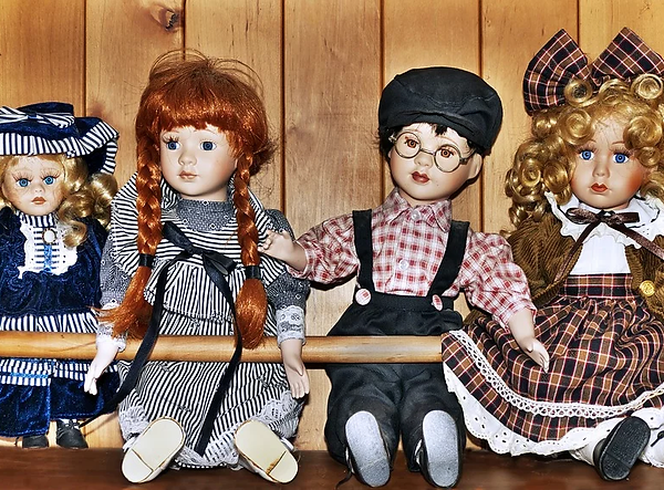 doll collecting.webp