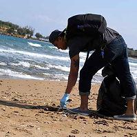 beach cleaning.jpg