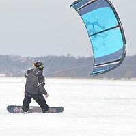 Snowkiting.jpg