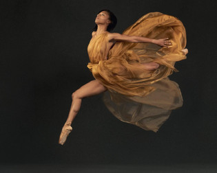 Photographer: Ben Marcum Model: Taylor Noel Harbin HMUA: Pamela Butler