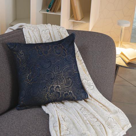 Tessile casa: plaid e cuscino