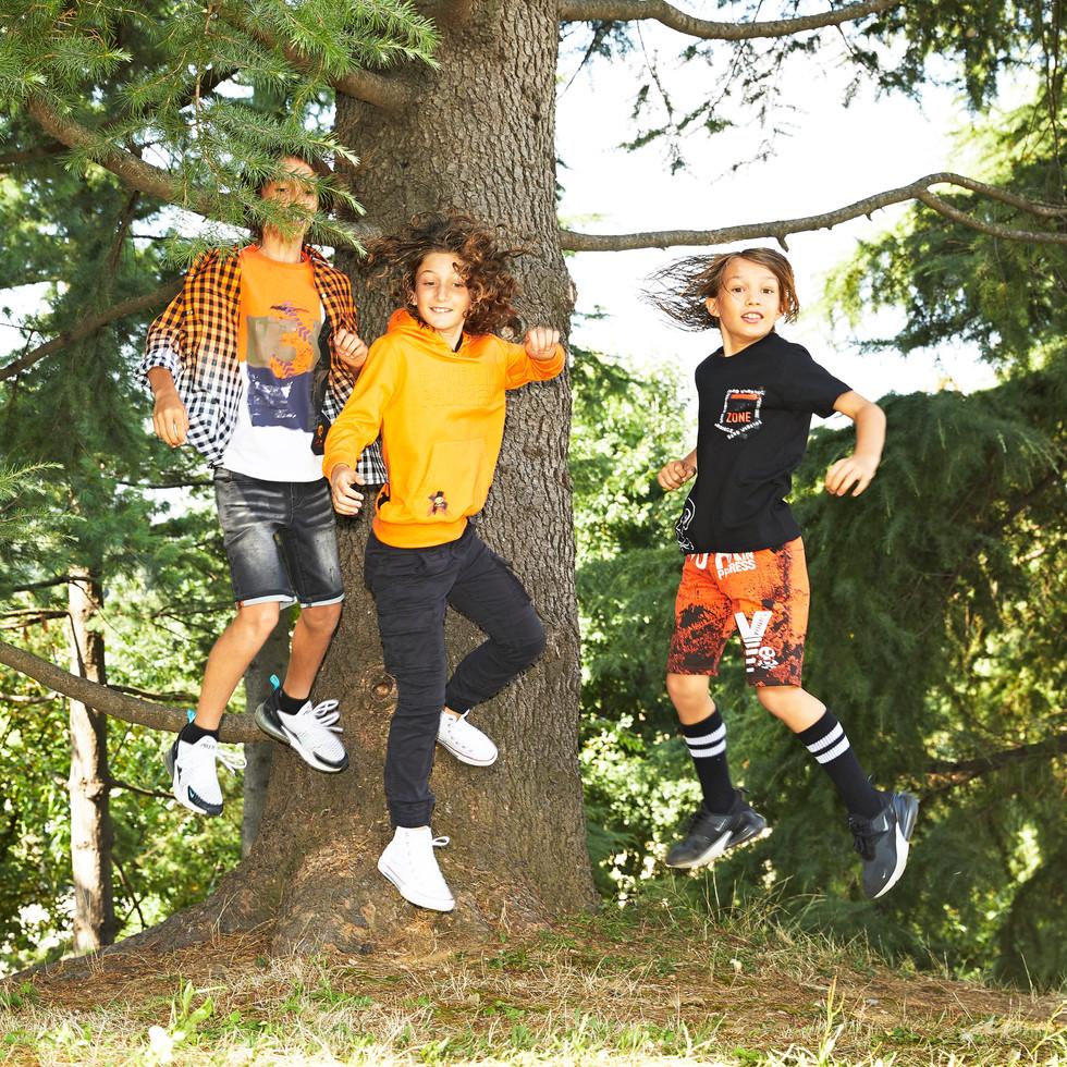 Yours by 02Tandem Abbigliamento - Bambini abiti sportivi - Coll. Estate 2021 - Junior 8 - 16 anni