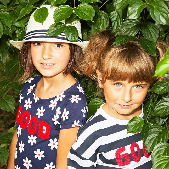 Yours by 02Tandem Abbigliamento - Bambine con vestiti bianchi e blu - Coll. Estate 2021 - Baby 3 - 7 anni