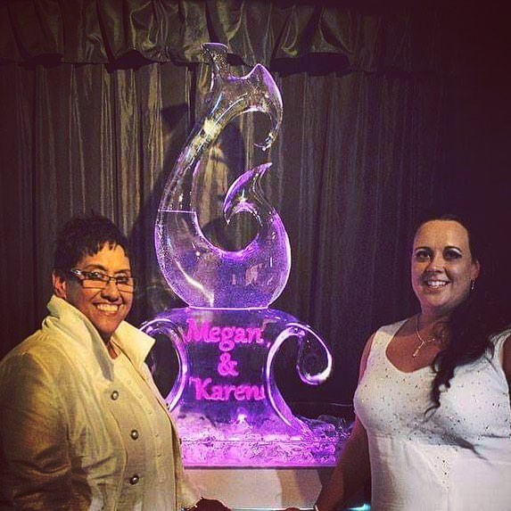 Ice Sculpture, same sex wedding, Maori sculpture, hook sculpture at Moonlight Stables, Queenstown