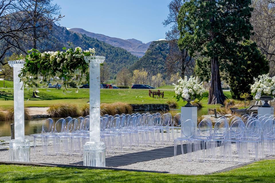 Ice Sculpture, wedding arch, wedding sculpture for wedding at Millbrook, Queenstown