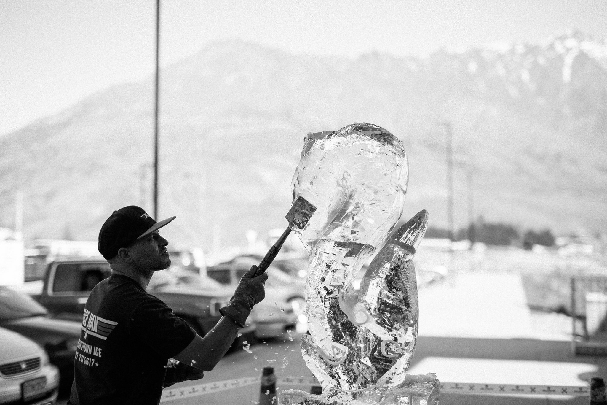Live Ice Carving, brand launch, marketing, Brandland Queenstown, 5 mile, Queenstown