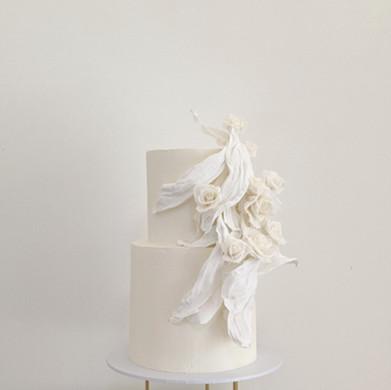 Draped white roses