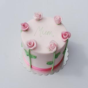 Simple Pink Rose cake