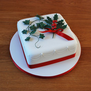 Holly & Ivy Christmas cake