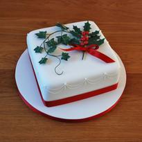 Holly & Ivy Christmas cake