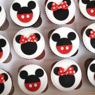 Minnie & Mickey cupcakes