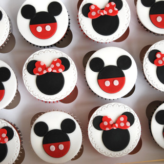 Minnie & Mickey cupcakes