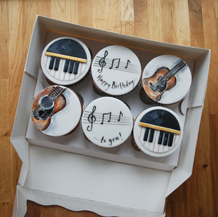 Music themed cupcakes