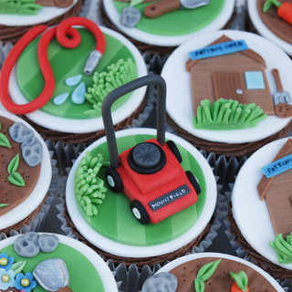 Allotment cupcakes