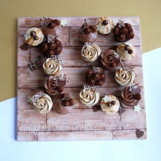 18th Numbergram cupcakes