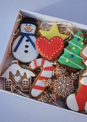 Twelve Biscuit Christmas gift box