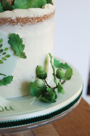 Oak Leaf Leavers cake