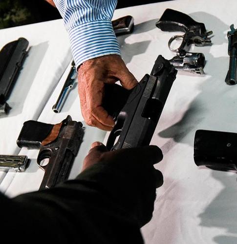 Plan de desarme voluntario en Rosario: dónde funcionará el puesto que recibe armas de fuego a cambio de dinero
