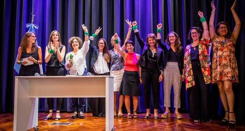 El Ministerio de las Mujeres, Géneros y Diversidad impulsa acciones para controlar del uso de armas