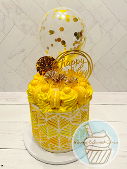 Yellow & Gold Pattern Cake