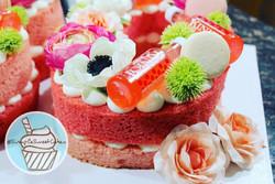 """Floral, """"KINKY"""" Pink Liquor & Macarons"""