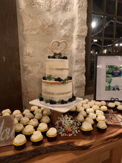 Wedding Cake & Cupcakes: Lemon with Lemo