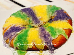 King Cake - Traditional (Cinnamon)