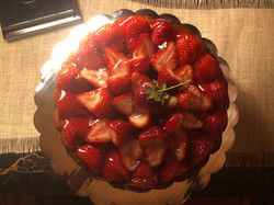 Condensed Milk Cake w/Strawberries