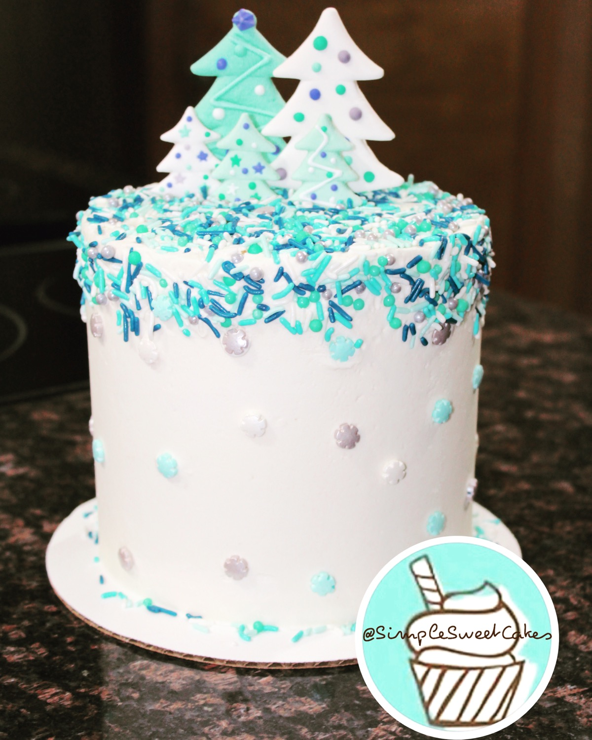 "Contemporary ""Blue Christmas"" Cake"